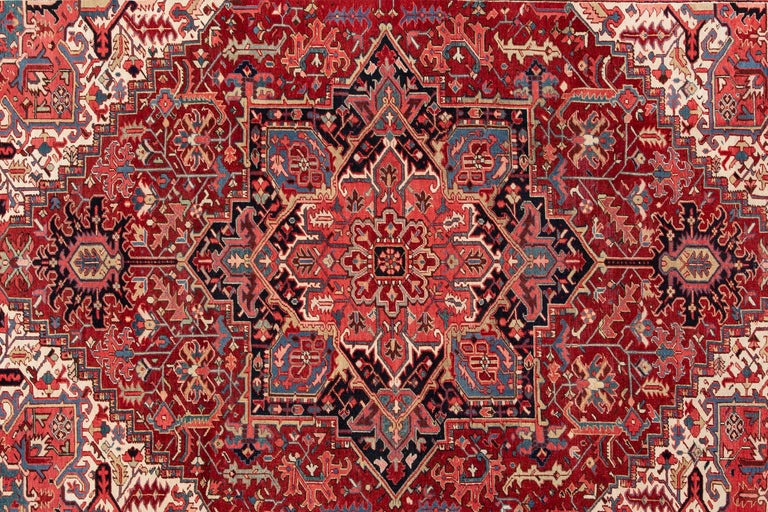 Large Antique Red/Rust Geometric Heriz Carpet In Excellent Condition For Sale In Norwalk, CT