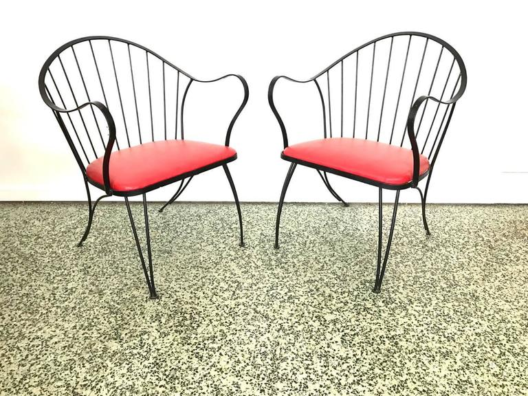 Pair of Dramatic Woodard Lounge Chairs For Sale 1