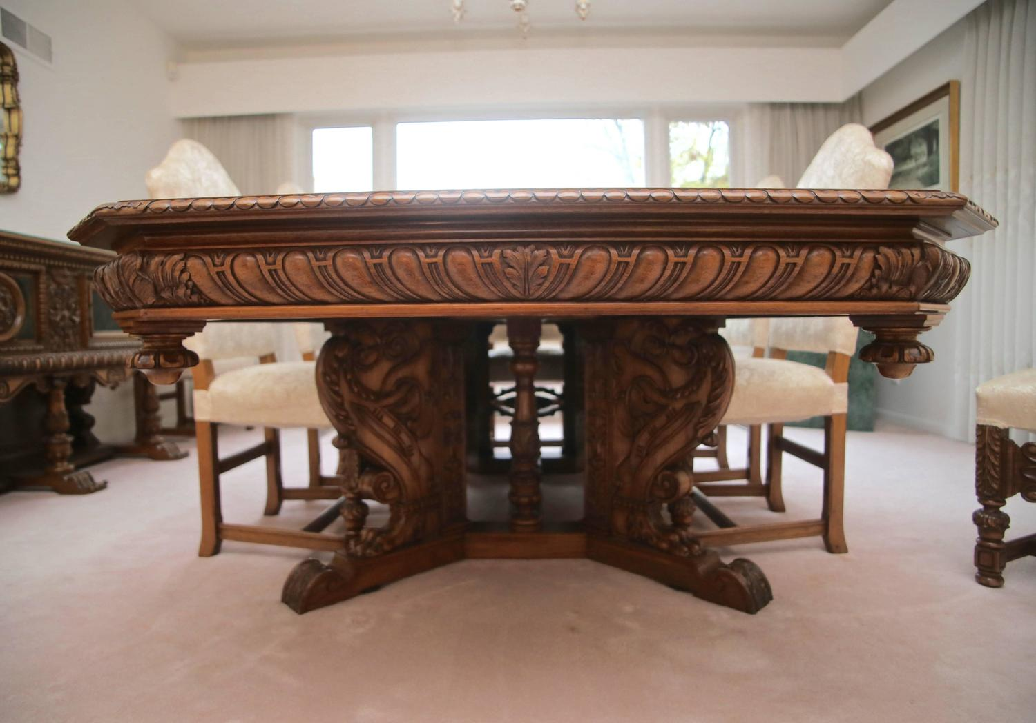 Substantial antique italian baroque dining set with eight for Baroque dining furniture