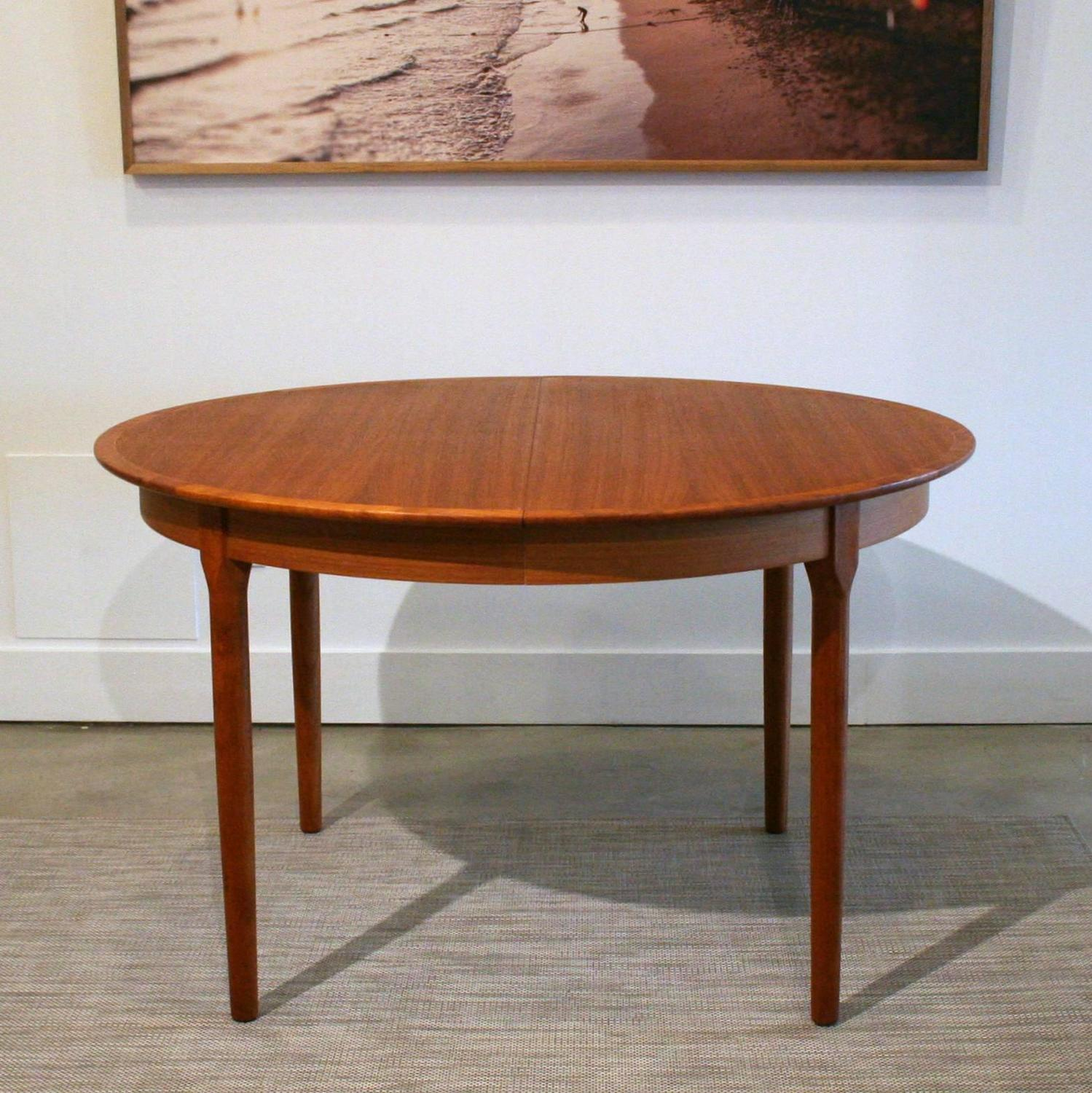 Vintage Danish Teak Round Dining Table at 1stdibs : IMG3543z from www.1stdibs.com size 1499 x 1500 jpeg 245kB