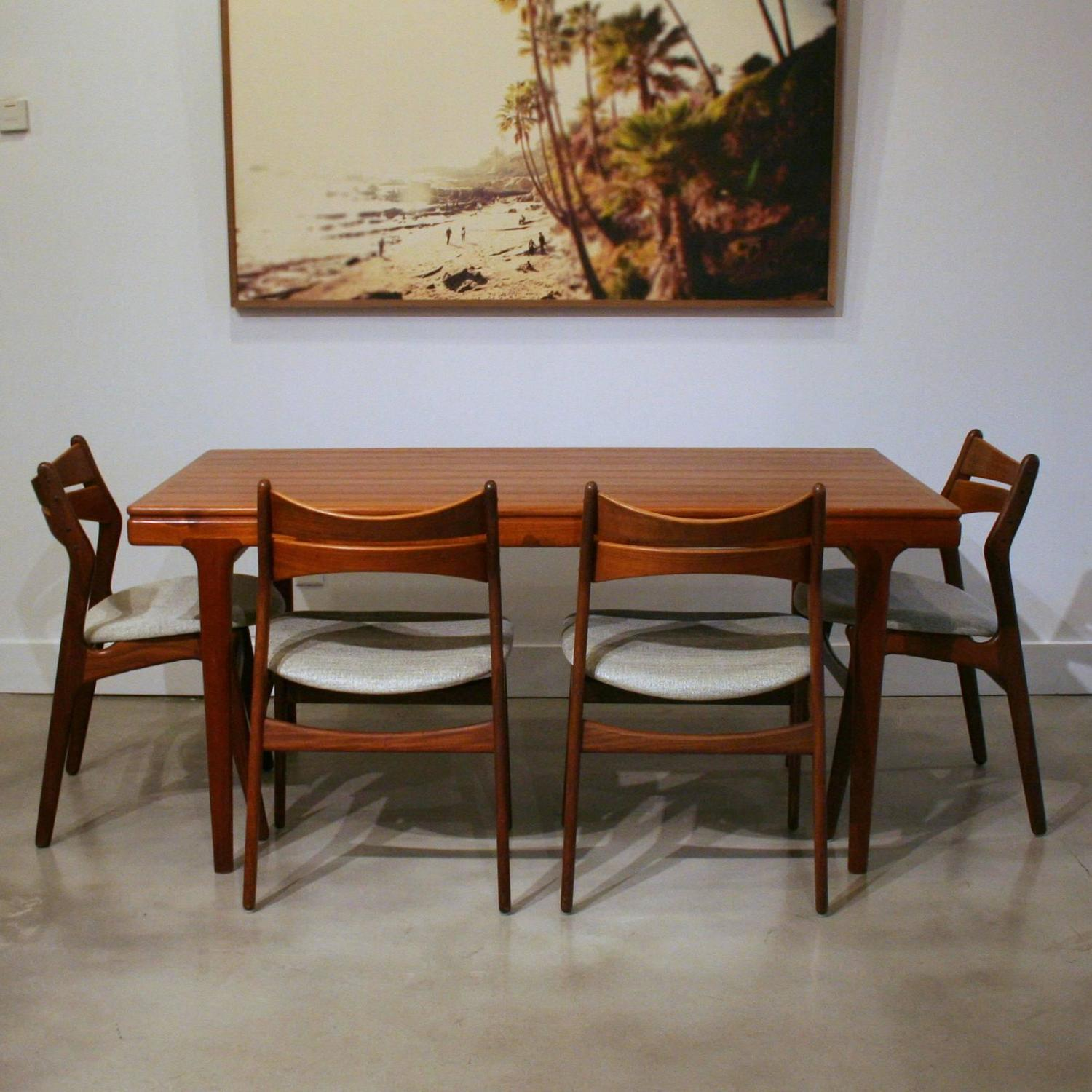 Vintage danish teak dining table at 1stdibs for Dining room tables vancouver bc