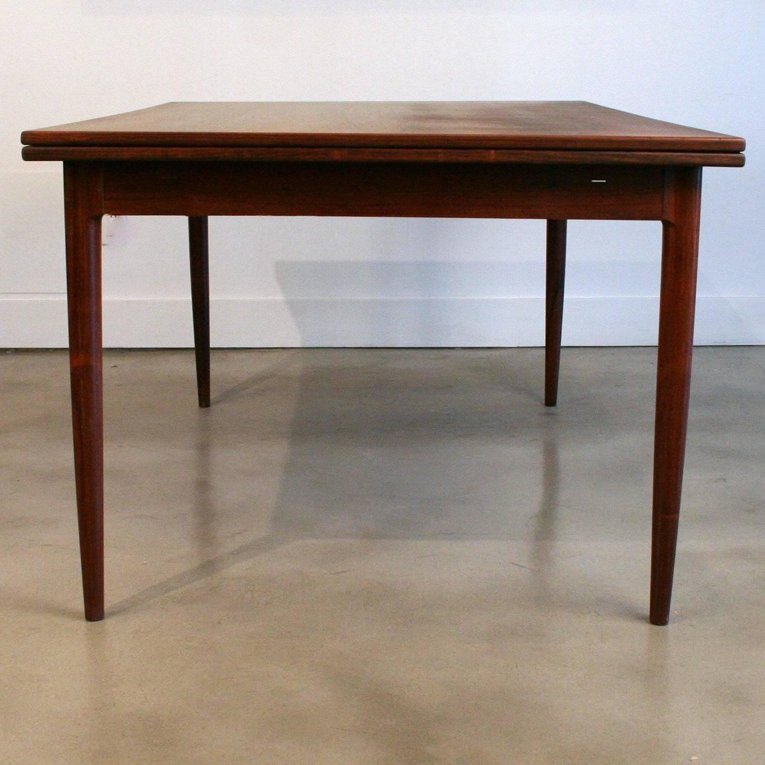 Vintage Danish Rosewood Dining Table by NO M248ller at 1stdibs : IMG7352z from www.1stdibs.com size 1500 x 1500 jpeg 213kB