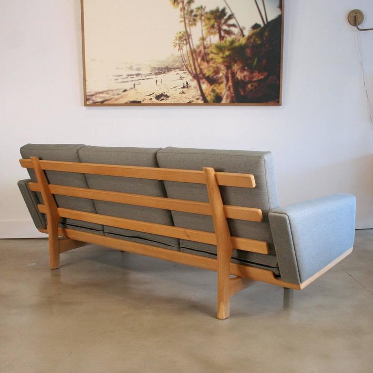 Vintage Danish Oak GE-236 Sofa by Hans Wegner 5
