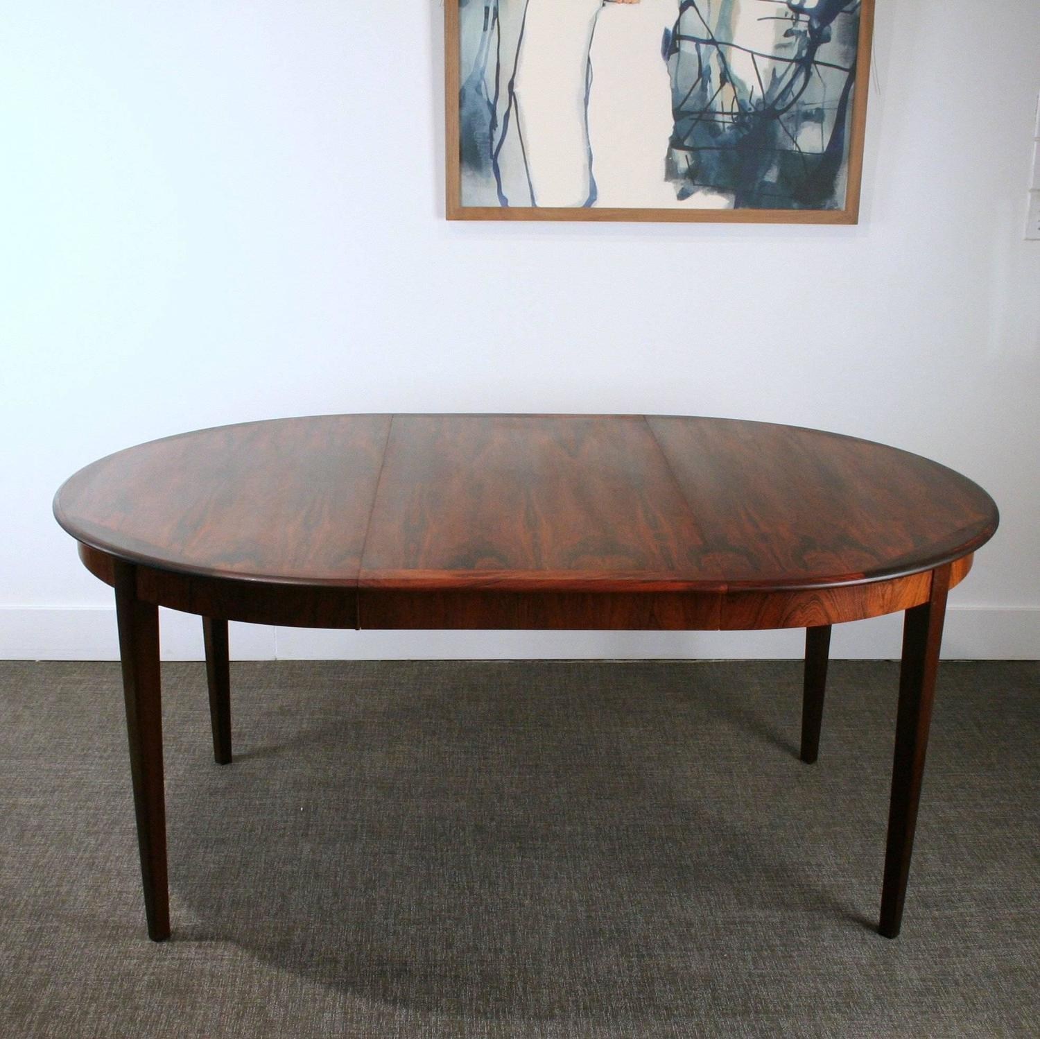 Vintage Danish Rosewood Round Dining Table For Sale at 1stdibs : IMG2493z from www.1stdibs.com size 1500 x 1498 jpeg 222kB