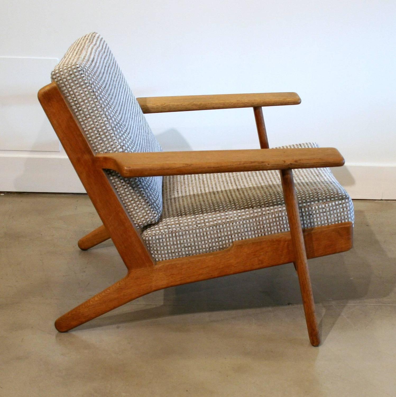Vintage Oak Hans Wegner Model 290 Loung Chair At 1stdibs