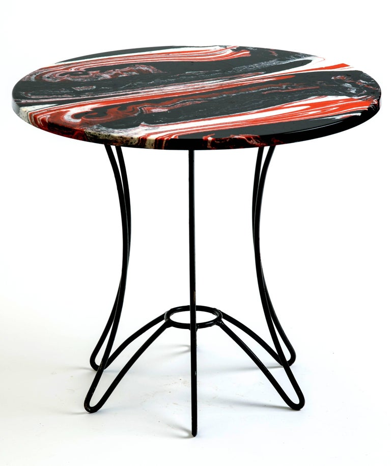 Red, Black and White Marble Side or End Table In Good Condition For Sale In New York, NY