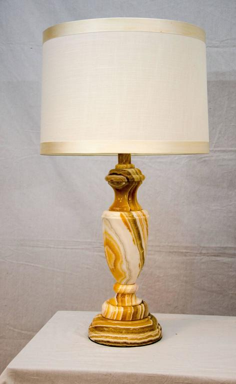 Mid-Century Modern Pair of Mid-Century Onyx Table Lamps For Sale