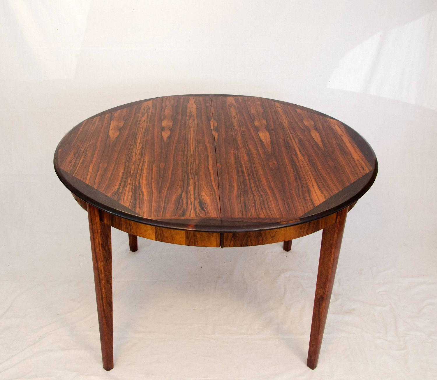 Danish Round Rosewood Dining Table Two Skirted Leaves  : 638RosewoodRoundDiningTableC3z from www.1stdibs.com size 1500 x 1304 jpeg 142kB
