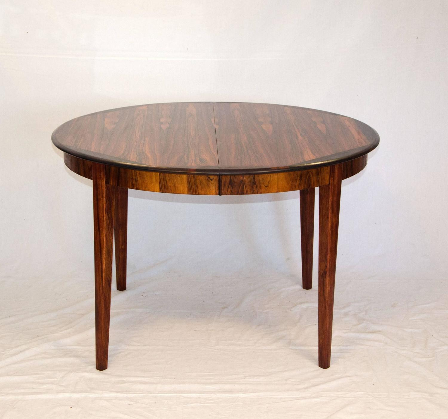 Danish Round Rosewood Dining Table Two Skirted Leaves  : 638RosewoodRoundDiningTableC2z from www.1stdibs.com size 1500 x 1403 jpeg 138kB