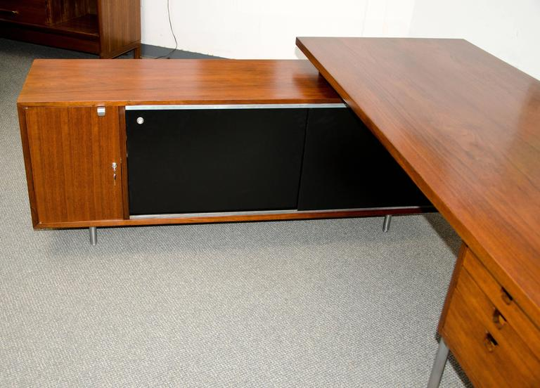 Aspenhome Warm Cherry Executive Modular Home Office: Walnut Excutive Desk With Credenza Return By George Nelson