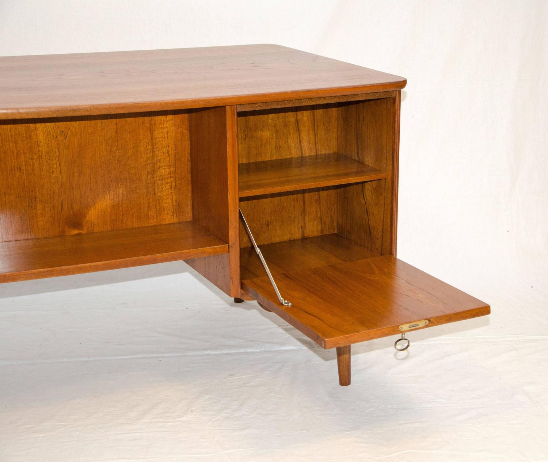 Danish Teak Elliptical Desk by Kai Kristiansen For Sale at