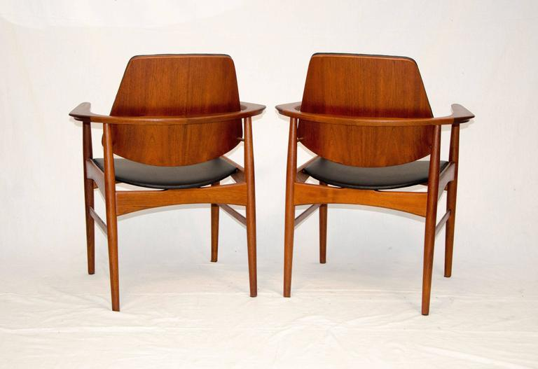 Set of Four Danish Teak Dining Chairs, Arne Hovmand-Olsen In Excellent Condition For Sale In Crockett, CA