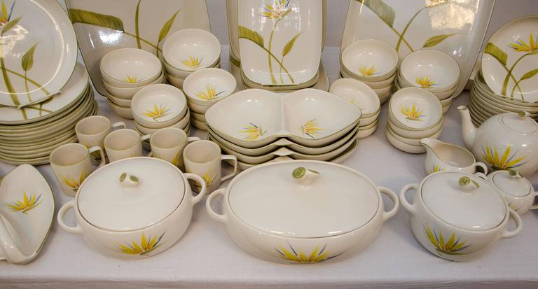 Mid-Century Modern Collection of California Dinnerware, Winfield