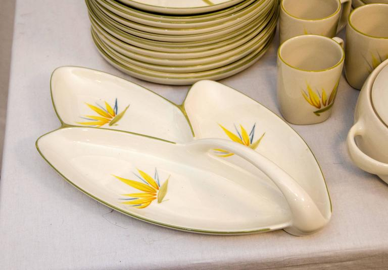 "Collection of California Dinnerware, Winfield ""Bird of Paradise"" Dinner Service For Sale 2"