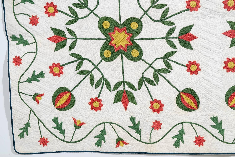 original pattern applique quilt for sale at 1stdibs. Black Bedroom Furniture Sets. Home Design Ideas