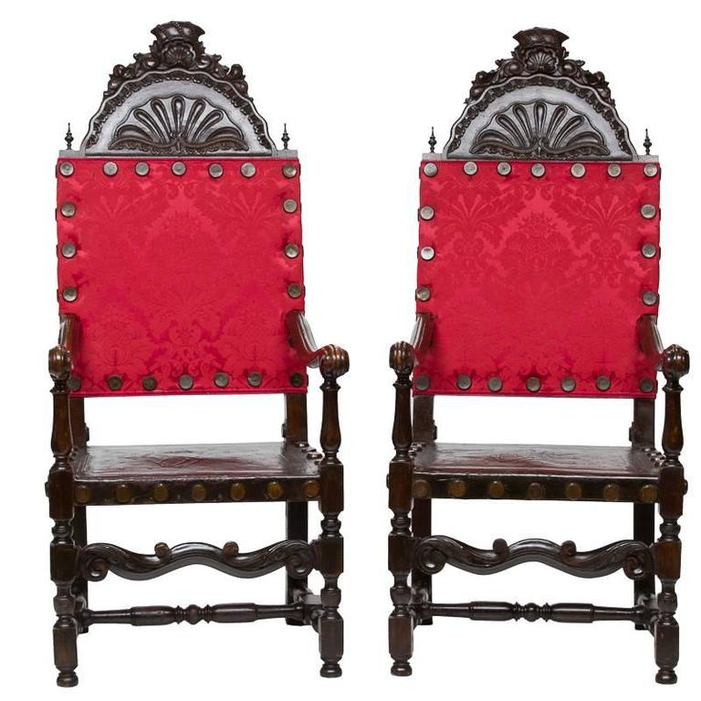 19th Century Pair of Venetian Walnut Armchairs