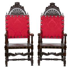 19th Century Pair of Venetian Walnut Armchairs
