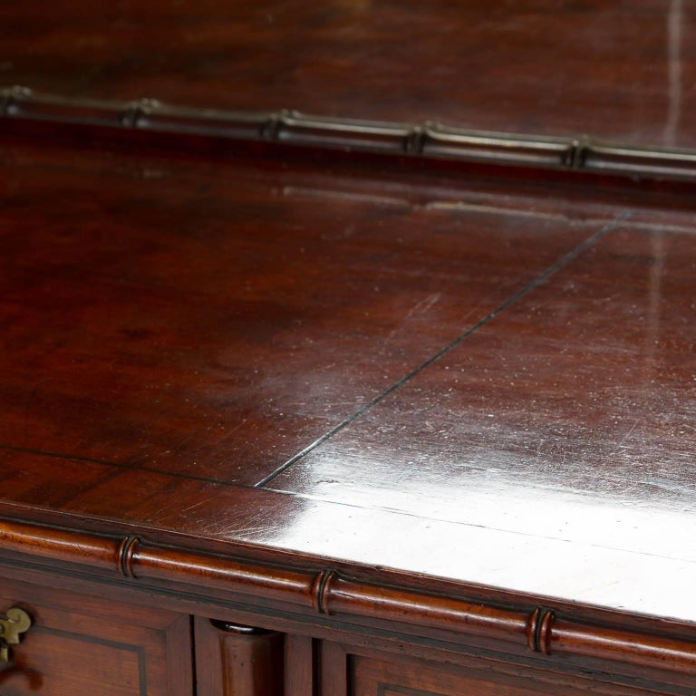 19th Century English Pedestal Sideboard with Mirror Back In Excellent Condition For Sale In Brentwood, TN