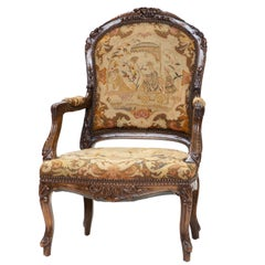 19th Century  Louis XV Walnut Chaise à la Reine