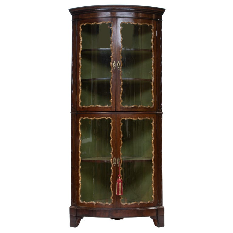 Georgian Walnut Bow-Front Corner Cabinet