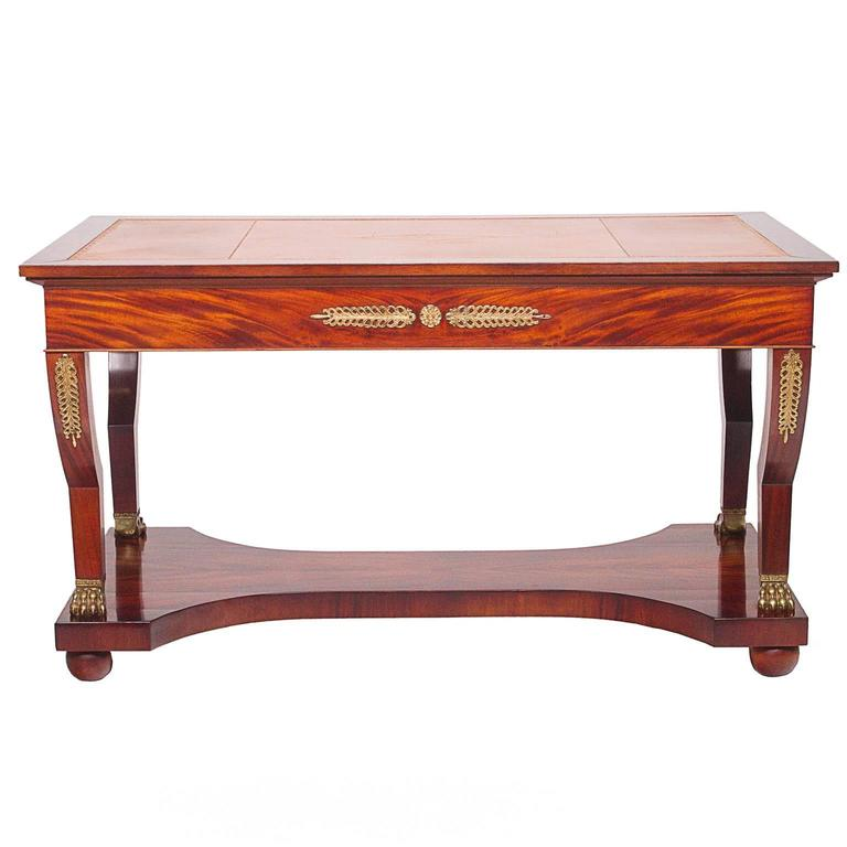 bureau empire bureau empire en loupe d 39 orme meuble de style louis xv bureau empire ovale. Black Bedroom Furniture Sets. Home Design Ideas
