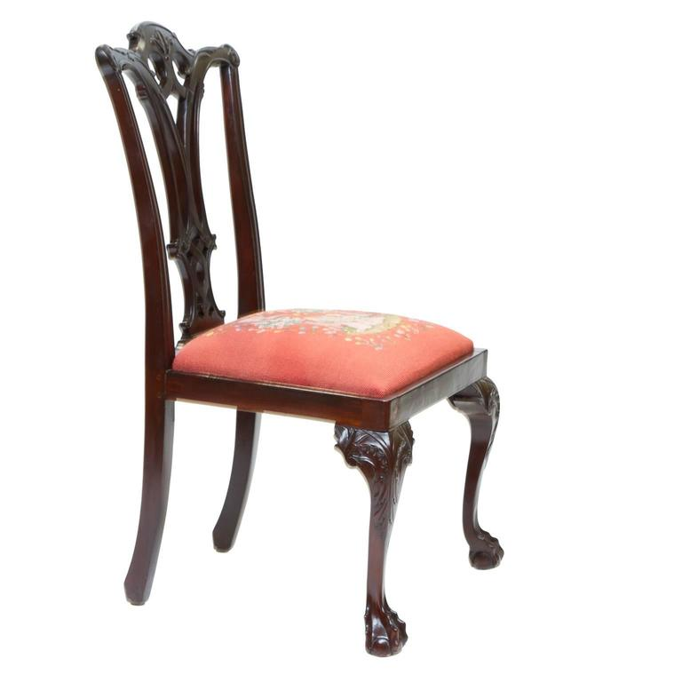 Great Britain (UK) 19th Century Chippendale Style Mahogany Side Chairs For Sale