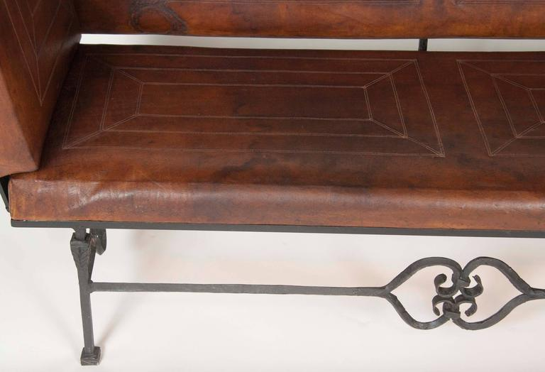 Pair of Early 20th Century Leather Knoll Form Sofa For Sale 2