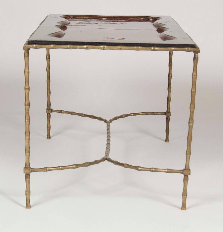 Cocktail table with japanese lacquered top and bagues for Cocktail tables parts