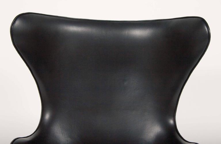 Arne Jacobsen Egg Chair In Edelman Leather  For Sale 3