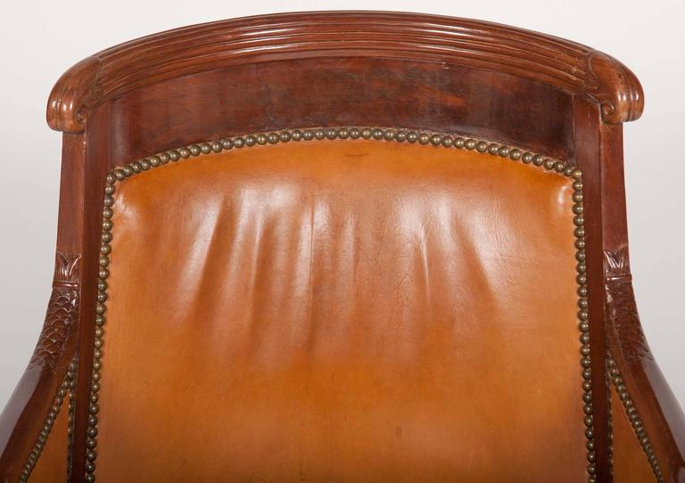 18th Century and Earlier Matched Pair of Mahogany Louis Philippe Bergères For Sale