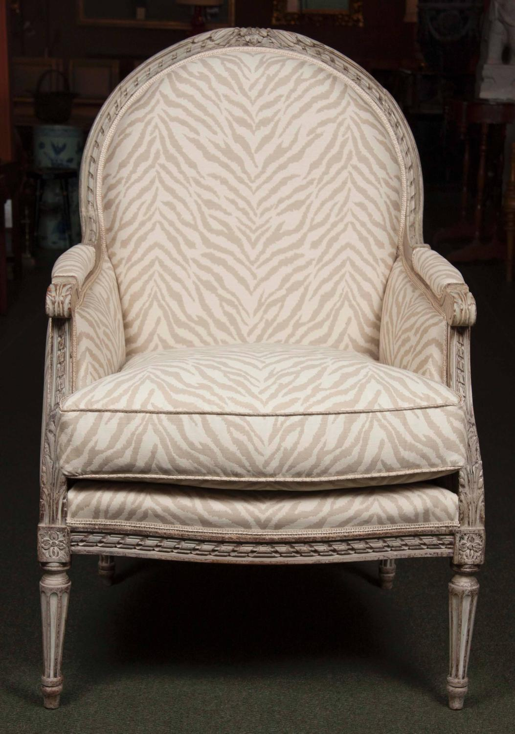 pair of louis xvi style painted fauteuil at 1stdibs. Black Bedroom Furniture Sets. Home Design Ideas