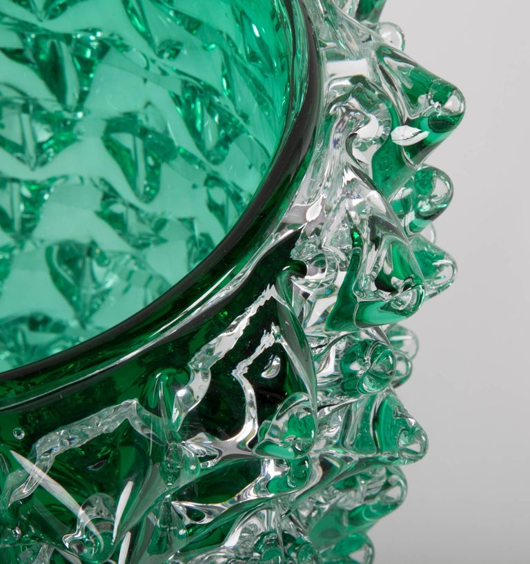 20th Century Pair of Murano Green Iridescent Glass Vases Signed Pino Signoretto For Sale
