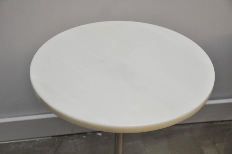 Mid-Century Modern Pair of White Marble and Stainless Steel Side Tables by Gerald R. Griffith For Sale