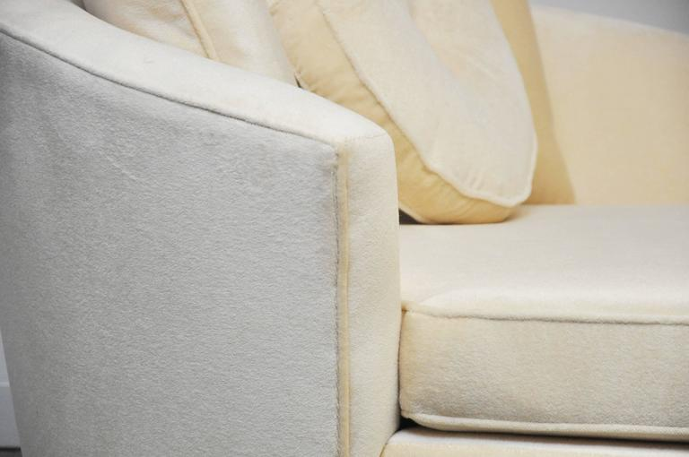 Milo Baughman Brass Base Oversized Chaise Chair in White Mohair 7