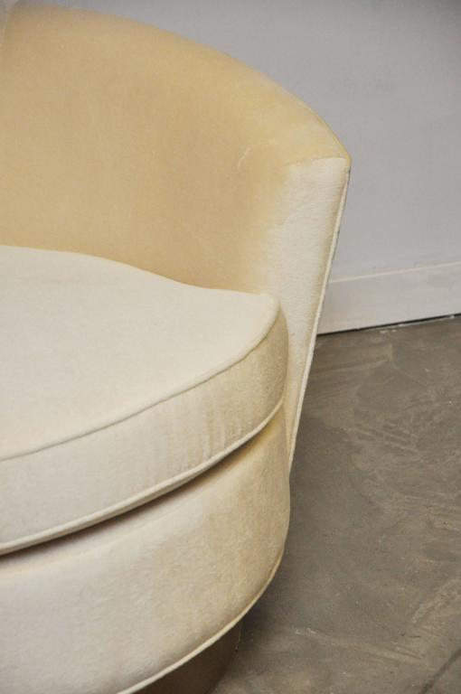Milo Baughman Brass Base Oversized Chaise Chair in White Mohair 9