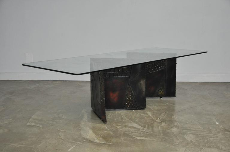 Zig zag pedestal coffee table by Paul Evans for Directional. Model PE-11. Sculpted and welded metal patchwork. Bronze patina accented by primary colors.
