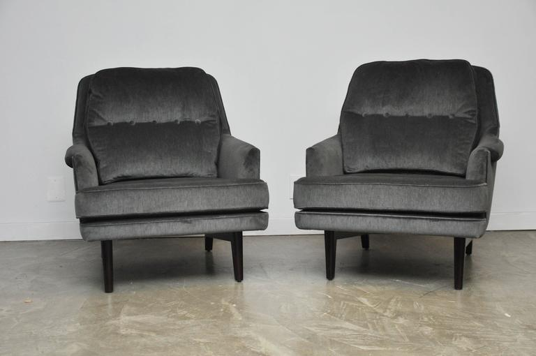 Dunbar Lounge Chairs in Grey Velvet In Excellent Condition For Sale In Chicago, IL