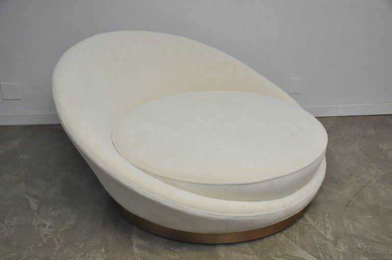 Milo Baughman Satellite Chaise Longue In Excellent Condition For Sale In Chicago, IL