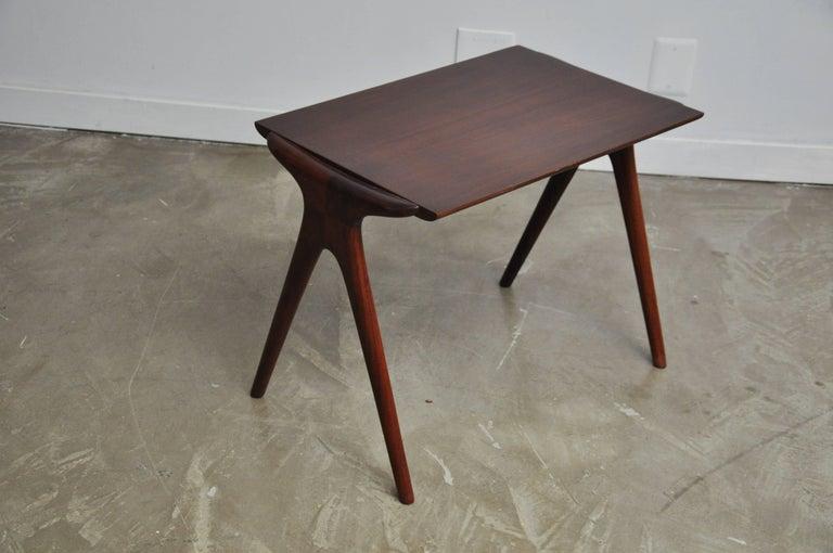 Mid-Century Modern Vladimir Kagan Walnut Side Table For Sale
