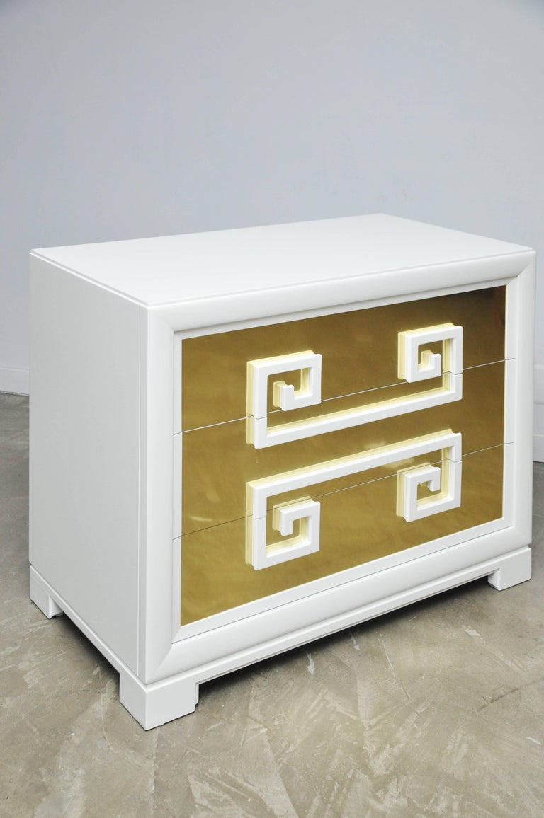 """Kittinger """"Greek Key Chests"""" in White Lacquer with Brass-Clad Drawer Fronts For Sale 2"""
