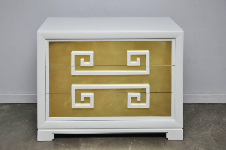 """Kittinger """"Greek Key Chests"""" in White Lacquer with Brass-Clad Drawer Fronts In Excellent Condition For Sale In Chicago, IL"""