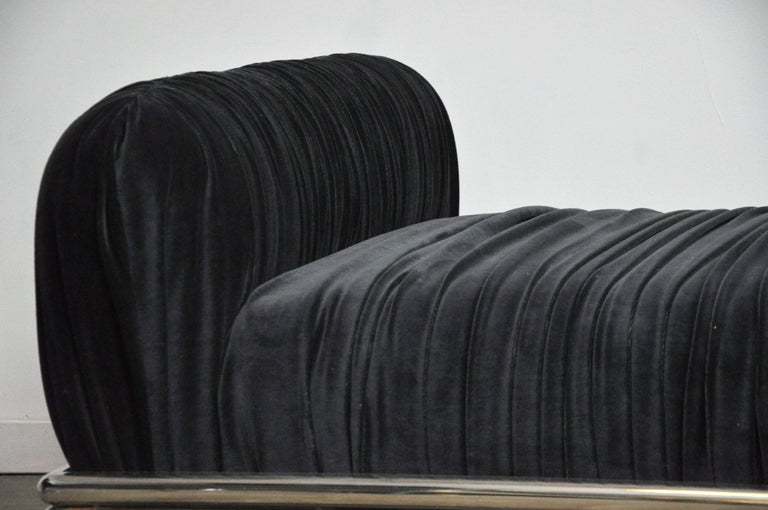 Mid-Century Modern Brueton Radiator Chaise Longue Daybed For Sale