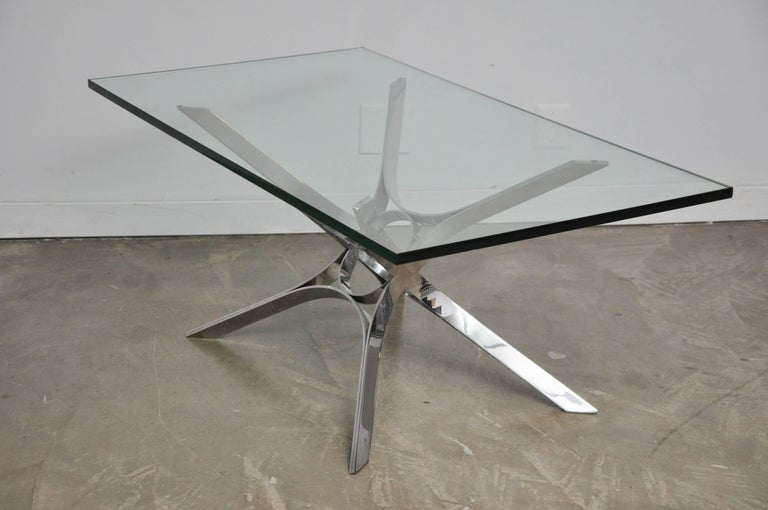 Sculptural Chrome Coffee Table by Roger Sprunger for Dunbar In Excellent Condition For Sale In Chicago, IL