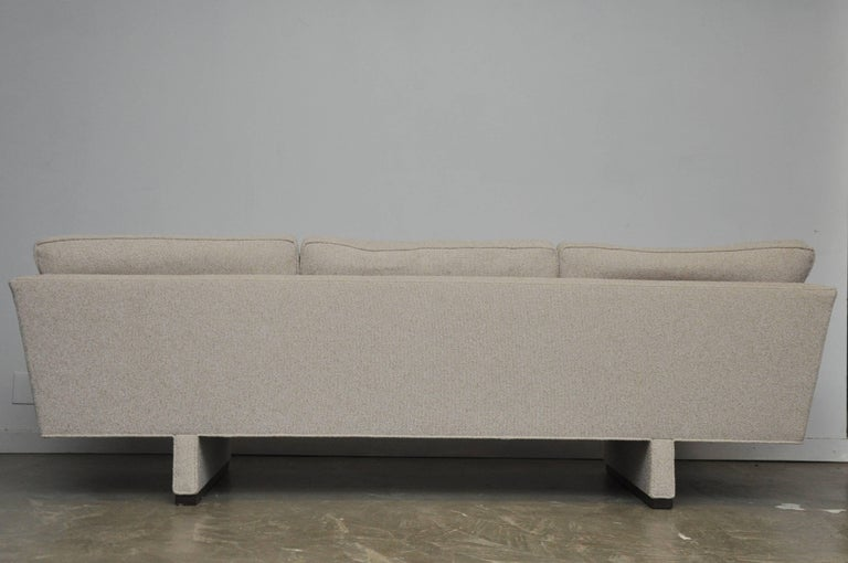 Dunbar Sofa by Edward Wormley, Model 5485 For Sale 2