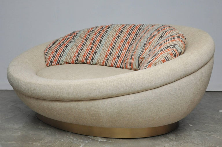 American Cuddle Pod Lounge Sofa on Brushed Brass Base, circa 1970s For Sale