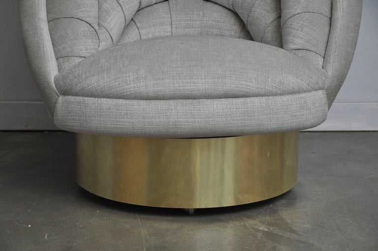 20th Century Vladimir Kagan Crescent Swivel Chair on Brass Base For Sale