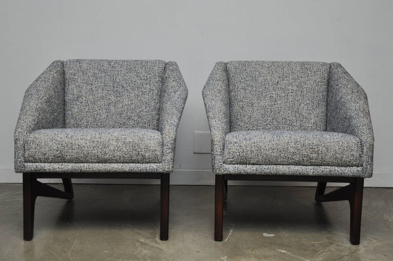 Mid-Century Modern Italian Sculptural Form Lounge Chairs For Sale