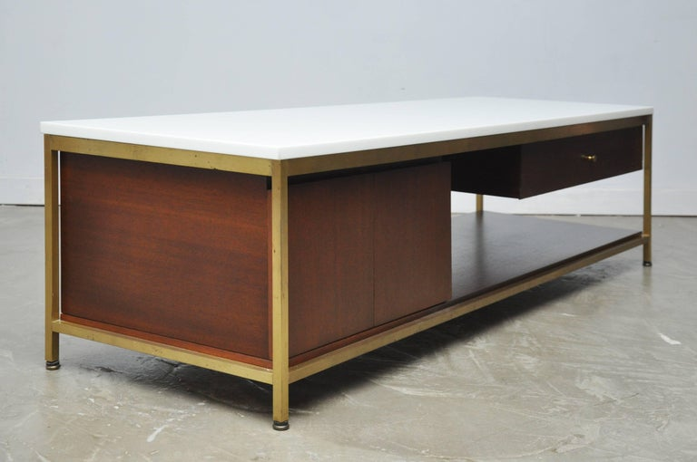 Mid-20th Century Paul McCobb Console Cocktail Table For Sale