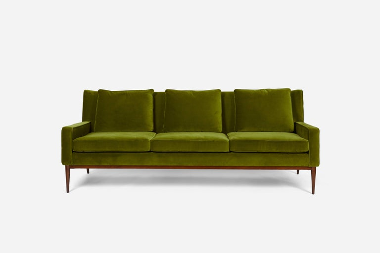 Paul McCobb Wingback Sofa, 1955 In Excellent Condition For Sale In Chicago, IL