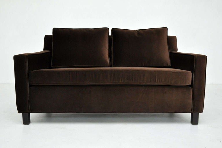 Mid-Century Modern Dunbar Pair of Settee Sofas by Edward Wormley